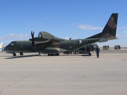 Un CASA C-295 des forces aériennes algériennes. Ces avions ont l'habitude de survoler le Mali pour des missions VIP, comme pour le transport du président malien de Bamako à Kidal en 2008.