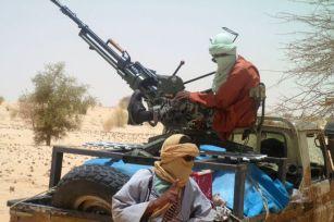 Les combattants d'AQMI et du MUJAO n'ont pu jusqu'ici utiliser les missiles Sol-Air portatifs de type Igla S issus des arsenaux de l'armée libyenne pour faire face à la multiplication des vols de reconnaissance effectués par des drones et des avions occidentaux au dessus de l'Azawad. .