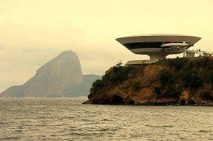 Oscar-Niemeyer6