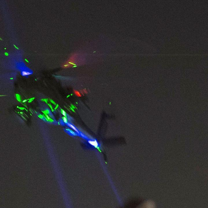 Hélicoptère_pointé3