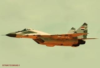 Un chasseur de type MIG-29 des forces aériennes syriennes. Bien que n'étant pas destiné aux missions d'attaque au sol, les syriens l'utilisent de plus en plus dans des missions de bombardement.