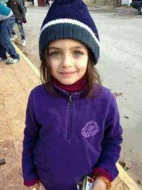 Une petite fille syrienne vendant du chewing gum dans les rues d'Amman en Jordanie. La guerre en Syrie a eu de trés graves répercussions sociales sur des millions de syriens.