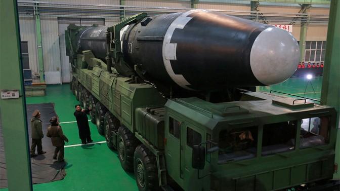 La Corée du Nord affirme avoir achevé une force nucléaire d'État, qualifiée de grande cause historique
